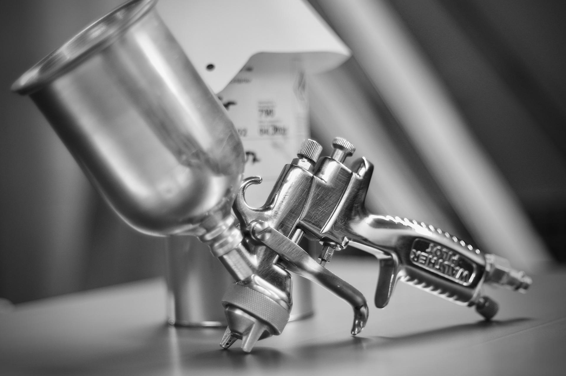 cup-spray-gun-5360677_1920
